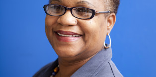 Arts Professor Receives Governor's Award