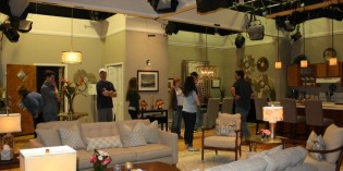 Students Visit Set of TV Show to Learn Scene Design