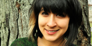 """Alumna Wins """"Discovery"""" / Boston Review Poetry Contest"""