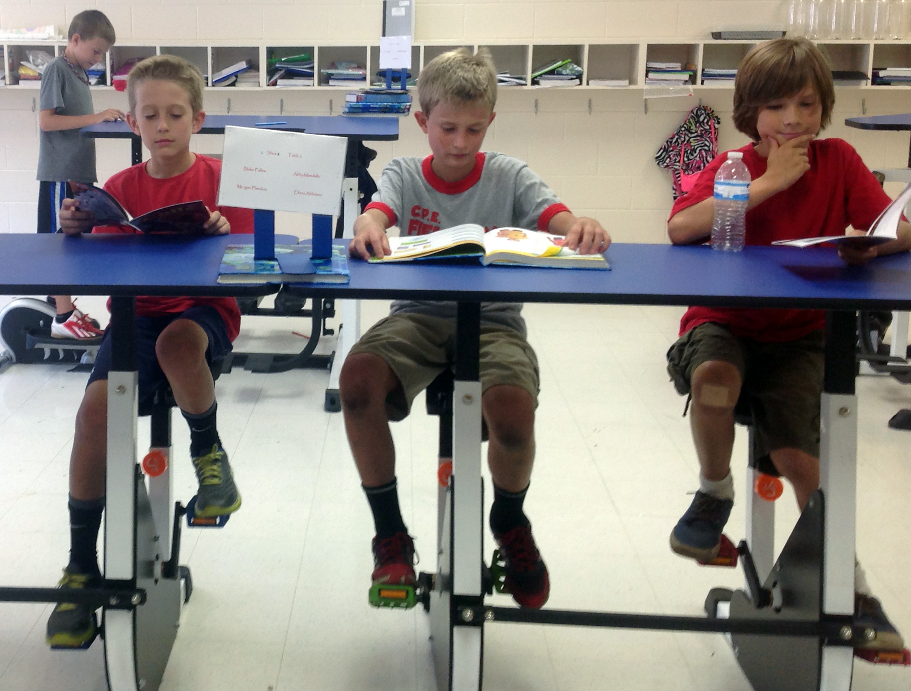 Why Exercise Desks Could Help Children Learn