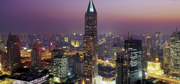 MBA Students Travel Abroad to Study Finances of Luxury Hotels in China and Hong Kong