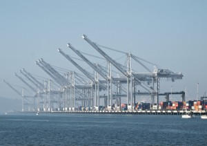 Port_of_Oakland_embed