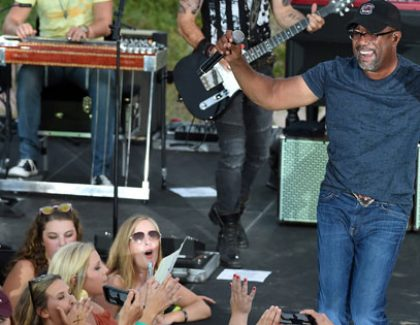 Darius Rucker Pop-Up Concert Airs on CMT (has slideshow & video)