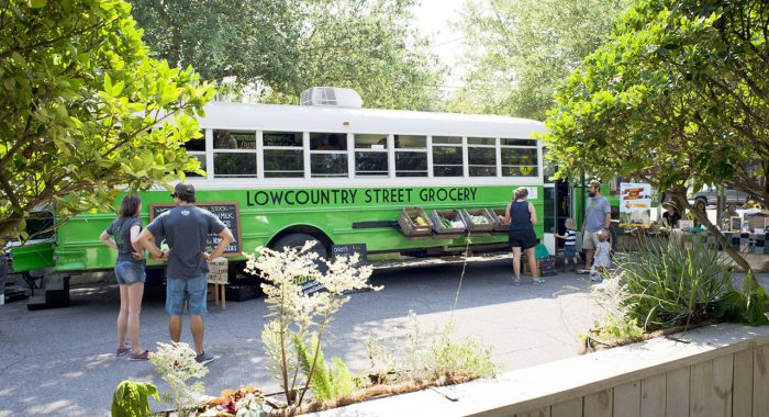 Alums Bring Fresh Produce to Food Deserts