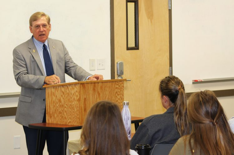 President McConnell Talks Leadership, Service With Students
