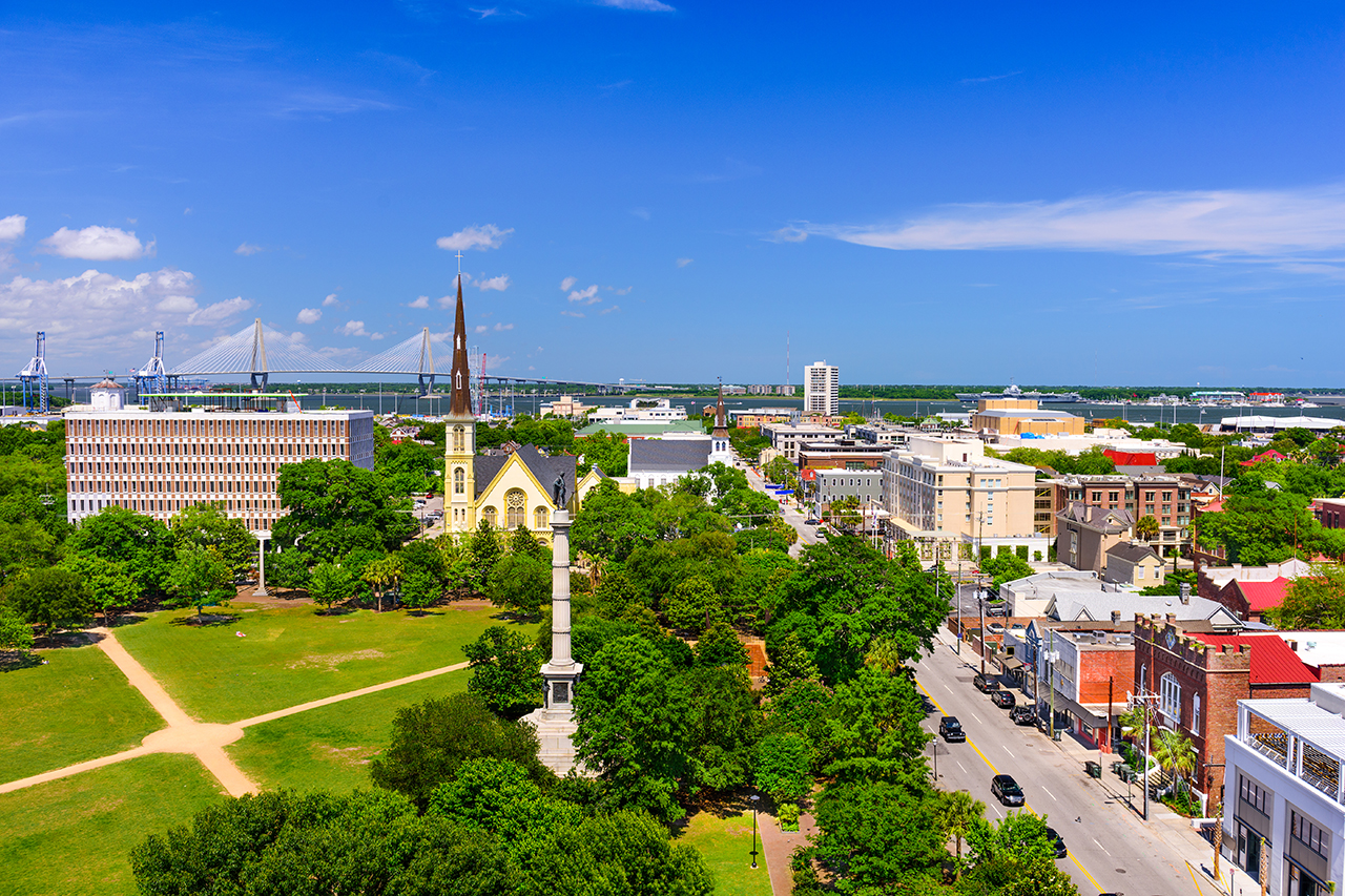 Top tourist cities in usa charleston : Charleston named us canada s best city by travel leisure
