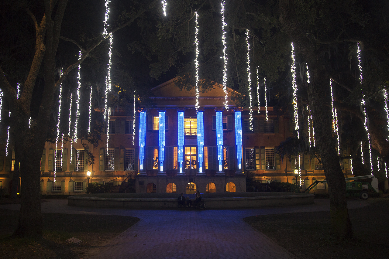 cougar night lights rings in the holidays