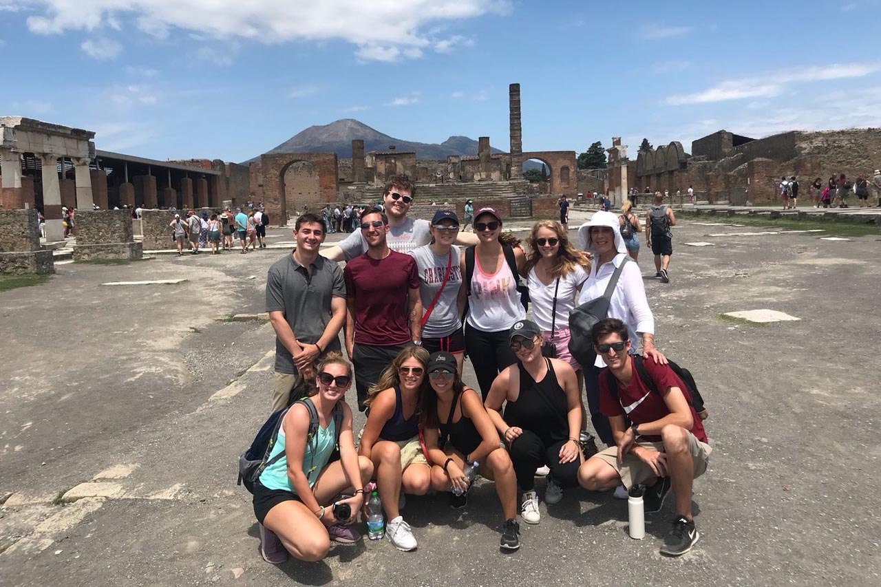 Student Kelsey Baum with a group of students while studying abroad in Sorento, Italy.
