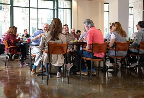 7 Reasons for Employees to Eat at Fresh Food Co.