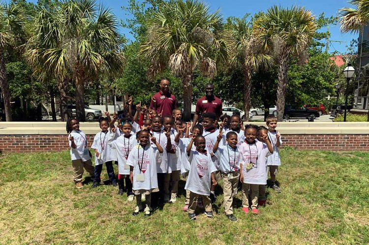 Elementary School Students Tour CofC as Part of 'Kindergarten College'
