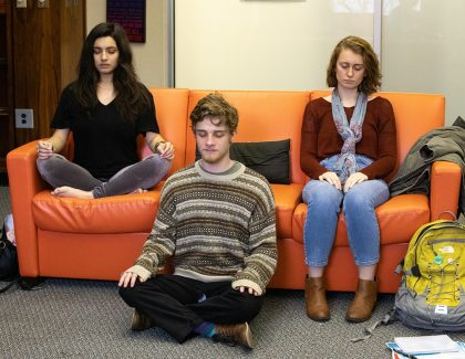 9 Reasons Meditation Gives Faculty, Staff Pause for Thought