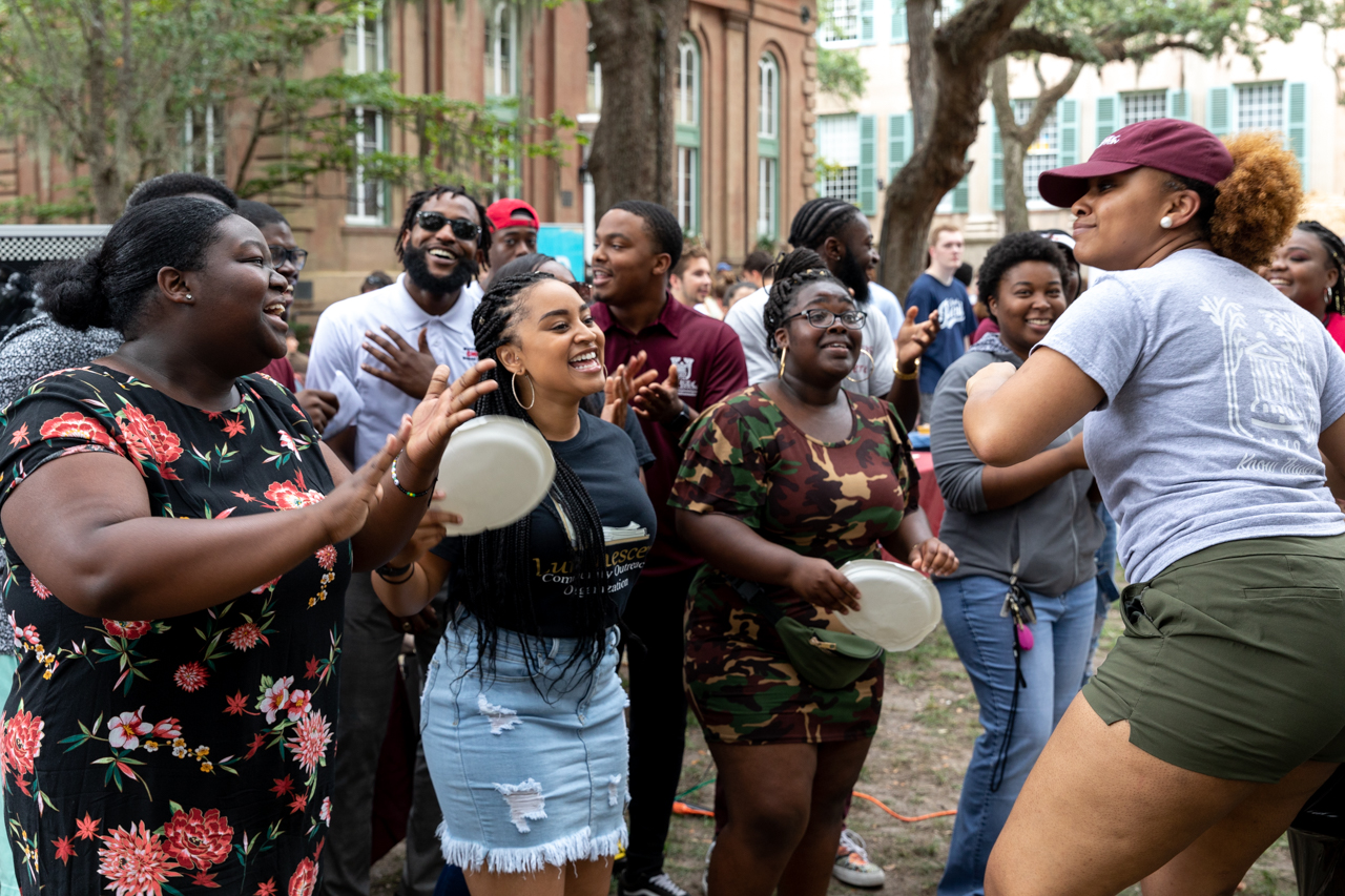 Students gather in Cistern Yard for the Involvement Fair to check out clubs available to them for the upcoming 2019-20 school year.