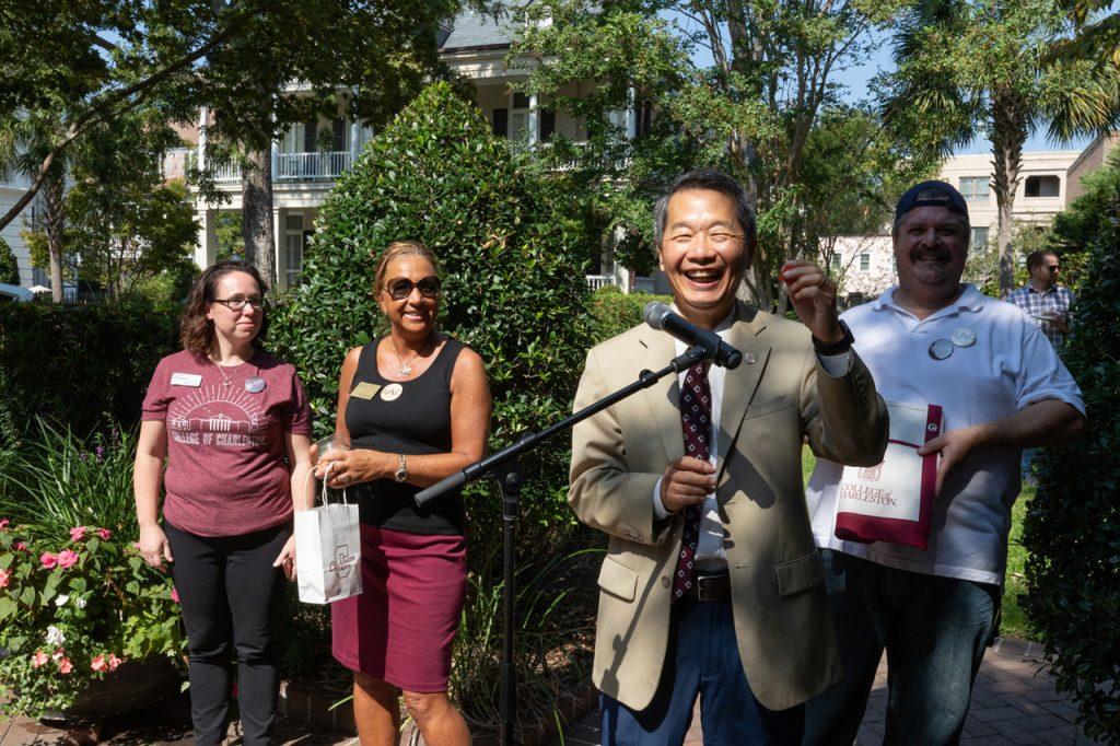 President Hsu calls a raffle number