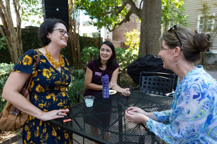Staff Advisory Committee Hosts Fall Drop-in