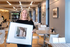 lisa thompson with her photography