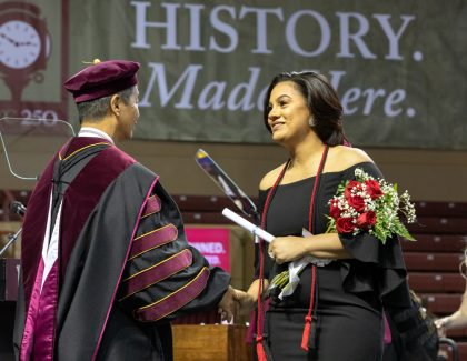 Financial Trailblazer Urges Graduates to 'Do What You Love'