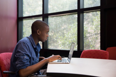 4 Ways to Keep Students Engaged in Online Learning