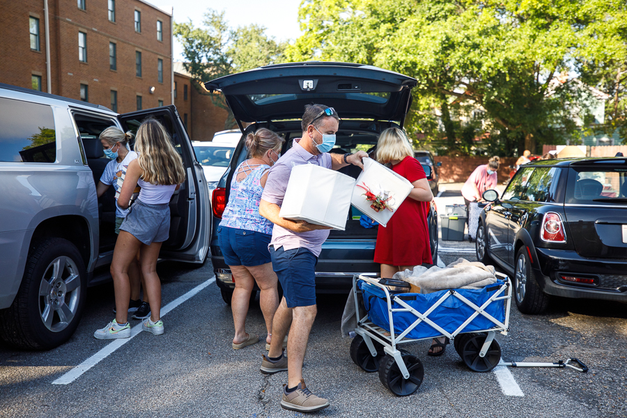 It's move-in day at CofC!