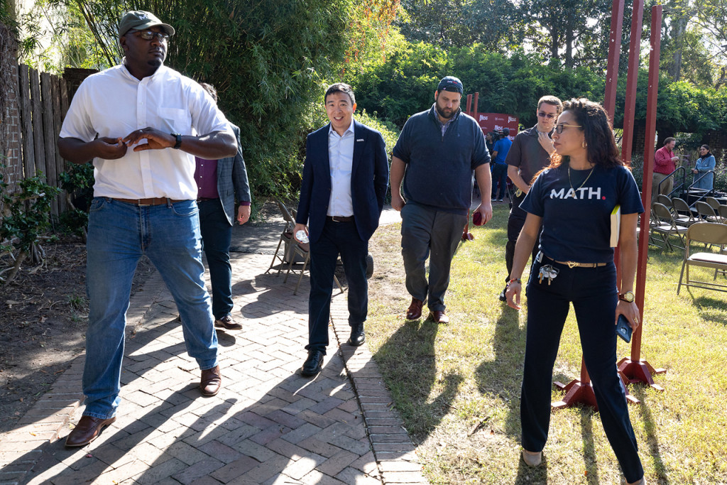 jermaine johnson with andrew yang during a visit to cofc in 2019