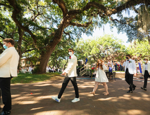 CofC Graduates Encouraged to Find Their Passion