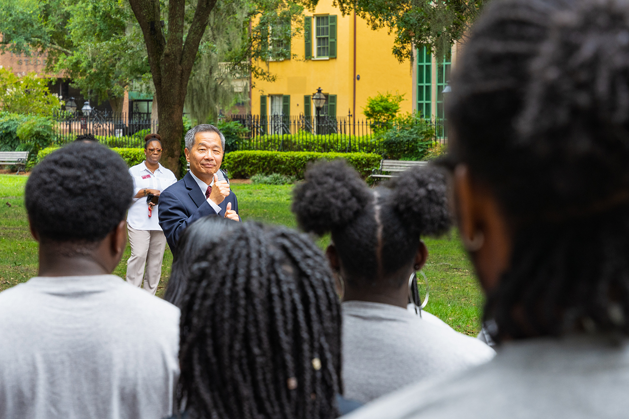 President Hsu with the 2021 Spectra Group