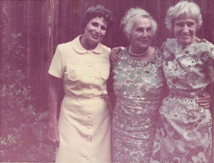 CofC alumna Mary Allan with friends