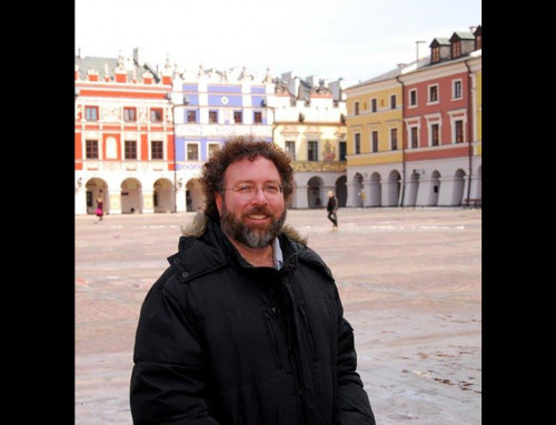 Communication Professor Receives Second Fulbright Grant to Teach in Poland